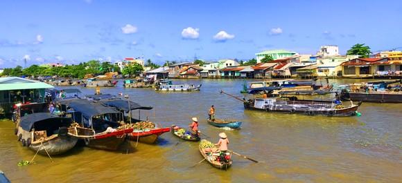 Mở du lịch đường sông khai thác  kinh tế đêm tại chợ nổi Cái Răng? ảnh 2