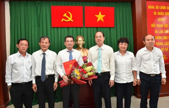 Đồng chí Hoàng Minh Tuấn Anh giữ chức Phó Bí thư Quận ủy Quận 7 ảnh 2
