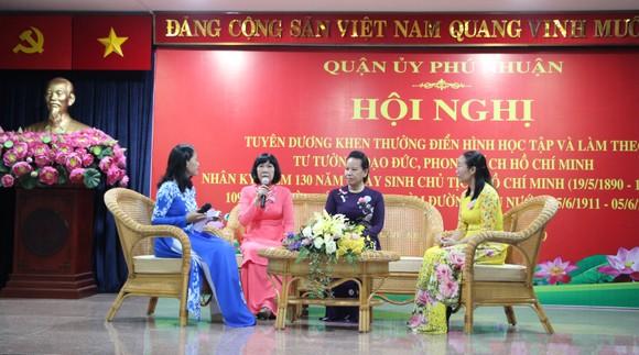Quận Phú Nhuận báo công dâng Bác và tuyên dương điển hình học Bác ảnh 2