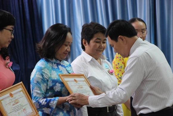 Quận Phú Nhuận báo công dâng Bác và tuyên dương điển hình học Bác ảnh 4