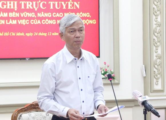 TPHCM tiếp tục tặng hàng chục ngàn vé tàu xe cho công nhân về quê ăn Tết ảnh 2