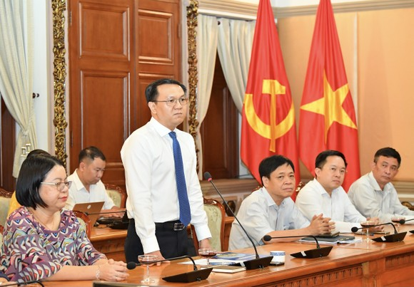 Đồng chí Lâm Đình Thắng làm Giám đốc Sở Thông tin và Truyền thông TPHCM ảnh 1