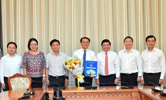 Đồng chí Lâm Đình Thắng làm Giám đốc Sở Thông tin và Truyền thông TPHCM ảnh 2