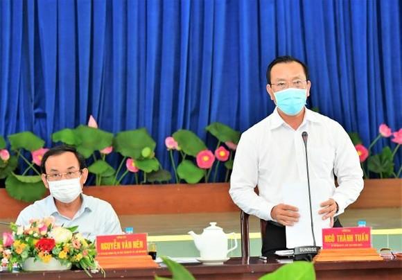 Bí thư Thành ủy TPHCM Nguyễn Văn Nên: Chủ động nghiên cứu, đề xuất cơ chế thay vì chờ tiền, chờ nhà đầu tư ảnh 3