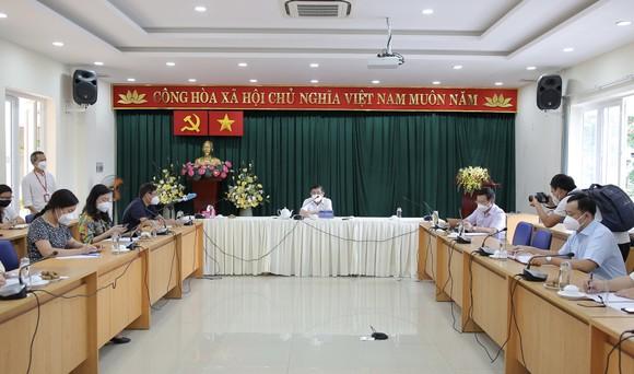 Chủ tịch UBND TPHCM Nguyễn Thành Phong: Tuyệt đối không để F0 chuyển nặng tử vong tại nhà ảnh 3