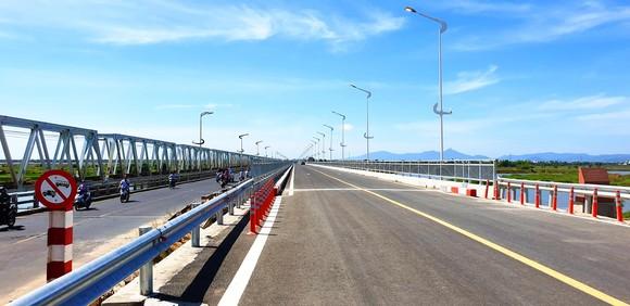 Chính thức thông xe cầu dài nhất trên quốc lộ 1 - miền Trung ảnh 3