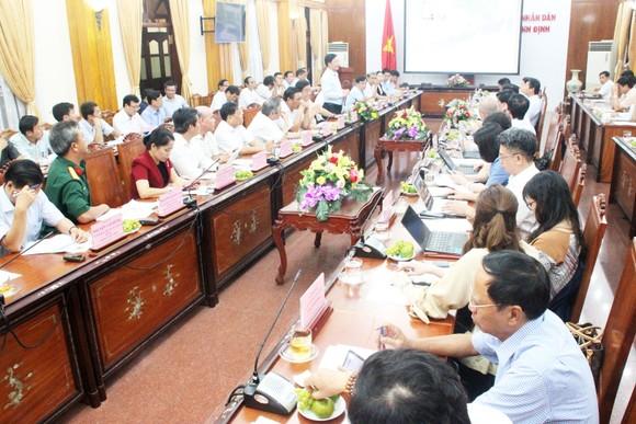 Toàn cảnh buổi làm việc giữa Bình Định và Bộ KH-ĐT. Ảnh: NGỌC OAI