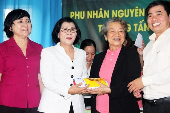 Gần 350 triệu ủng hộ Trung tâm nuôi dạy trẻ khuyết tật Võ Hồng Sơn ảnh 3