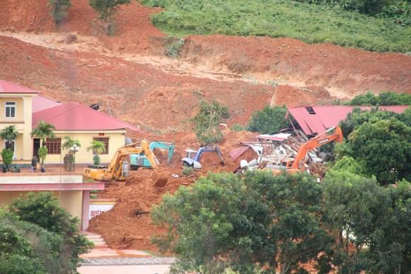 Đã tìm thấy thi thể 14 người tại khu vực sạt lở đất ở Đoàn Kinh tế quốc phòng 337 ảnh 4