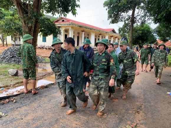 Đã tìm thấy thi thể 14 người tại khu vực sạt lở đất ở Đoàn Kinh tế quốc phòng 337 ảnh 3
