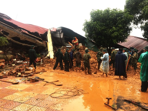Đã tìm thấy thi thể 14 người tại khu vực sạt lở đất ở Đoàn Kinh tế quốc phòng 337 ảnh 9