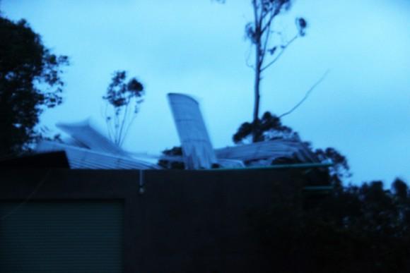 Mưa lớn, gió gào rú dữ dội tại các tỉnh miền Trung ảnh 15