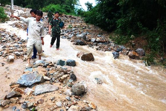 Bình Định báo cáo sự cố sạt lở tại Thủy điện Vĩnh Sơn 5 ảnh 6