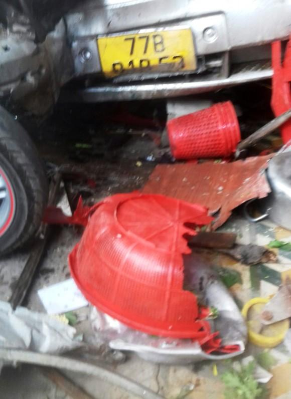 Bình Định xảy ra tai nạn nghiêm trọng khiến 3 người chết, 2 người cấp cứu ảnh 2