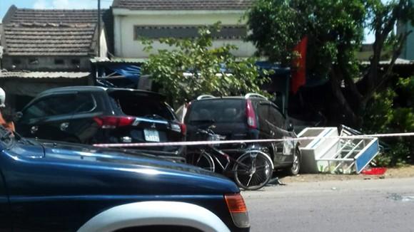 Bình Định xảy ra tai nạn nghiêm trọng khiến 3 người chết, 2 người cấp cứu ảnh 1