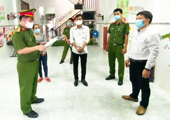 Phú Yên: Khởi tố Hạt trưởng Kiểm lâm huyện Tây Hòa tội lợi dụng quyền hạn  ảnh 1