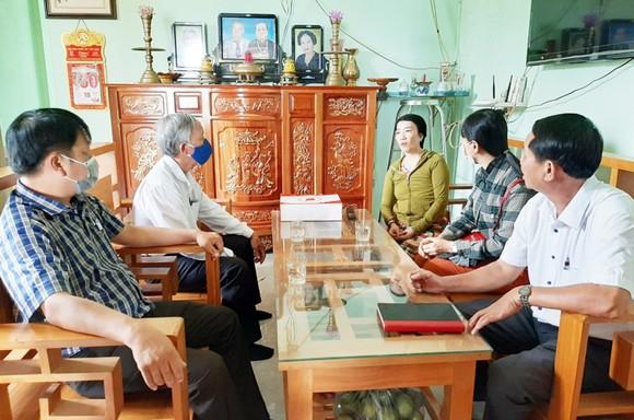 TP Tuy Hòa đề nghị báo cáo vụ nữ sinh bị hành hung, tung clip lên mạng ảnh 1