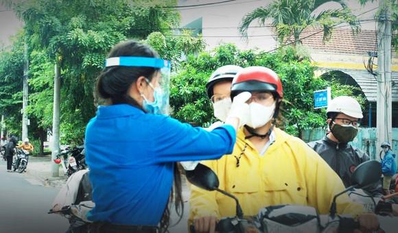 Phú Yên: Dừng 2 điểm thi tốt nghiệp THPT vì một số mẫu xét nghiệm nghi dương tính với SARS-CoV-2 ảnh 2