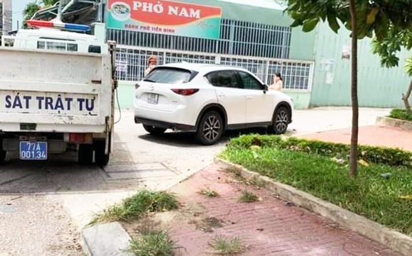 Truy bắt tài xế vượt chốt kiểm dịch vào TP Quy Nhơn ảnh 1
