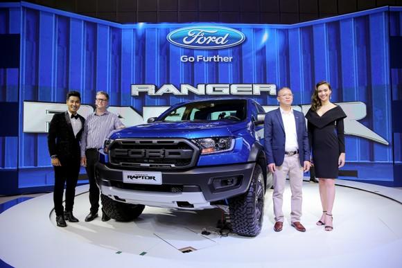 Ford Việt Nam thể hiện sức mạnh xe bán tải và đa dụng