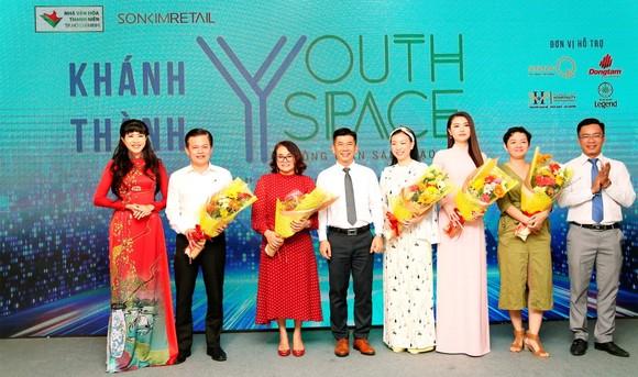 """NVH Thanh Niên TPHCM khánh thành """"Không gian trẻ - Youth space"""""""