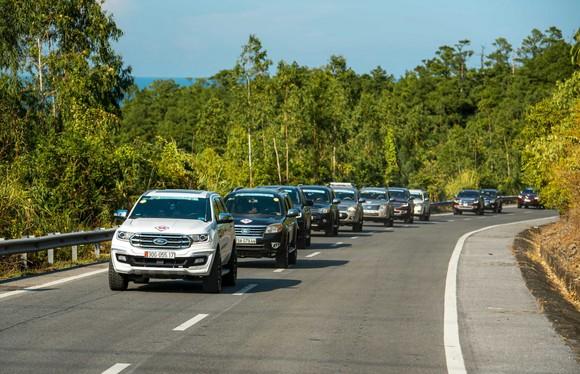 Ford Everest dẫn đầu phân khúc SUV hạng trung tháng 7