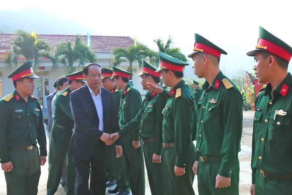 Lãnh đạo tỉnh Quảng Nam thăm chúc tết xã đảo Cù Lao Chàm ảnh 1