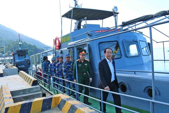 Lãnh đạo tỉnh Quảng Nam thăm chúc tết xã đảo Cù Lao Chàm ảnh 7