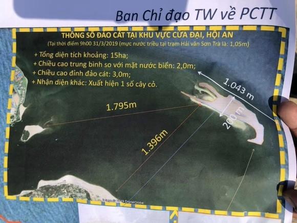 Kiểm tra cồn cát nổi bất thường tại biển Cửa Đại ảnh 2