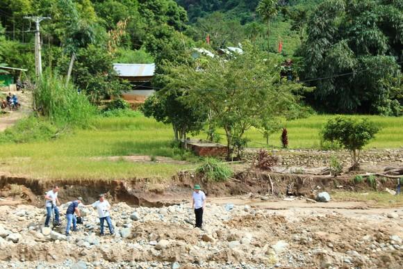 Đà Nẵng tài trợ cho Quảng Nam hơn 12 tỷ đồng khắc phục bão số 5 ảnh 2