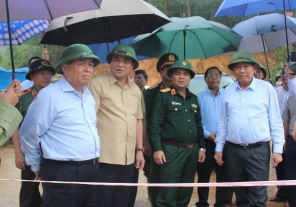 Hỗ trợ 20 tỷ đồng khắc phục mưa lũ huyện Tây Giang ảnh 1