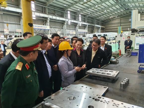 Chủ tịch Quốc hội thăm người dân vùng sạt lở Phước Sơn ảnh 3