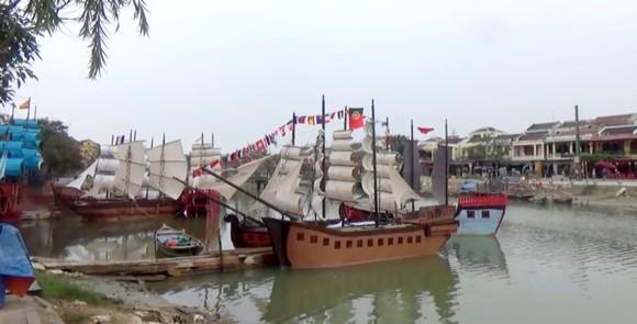 Tái hiện thương cảng Hội An xưa trên sông Hoài ảnh 2
