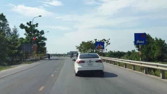 Quảng Bình: Phân luồng xe tải hạng nặng nhằm đảm bảo tính mạng người dân ảnh 1