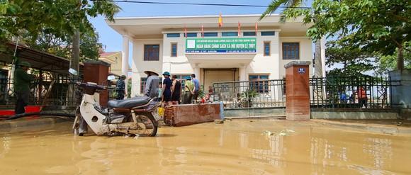 Quảng Bình: Hỗ trợ khẩn cấp 100 tỷ đồng cho hơn 100.000 hộ dân bị lũ lụt hoành hành ảnh 14