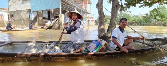 Quảng Bình: Hỗ trợ khẩn cấp 100 tỷ đồng cho hơn 100.000 hộ dân bị lũ lụt hoành hành ảnh 2