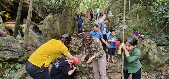 Quảng Bình: Cần quản lý chặt danh thắng núi Thần Đinh ảnh 3