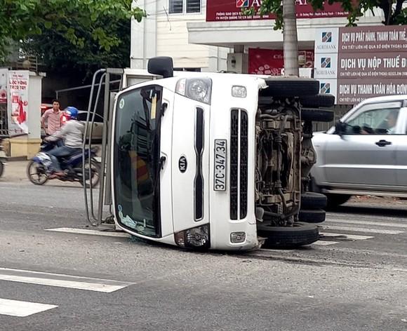 Tai nạn xe ô tô liên hoàn tại Quảng Bình, 1 người bị thương  ảnh 2