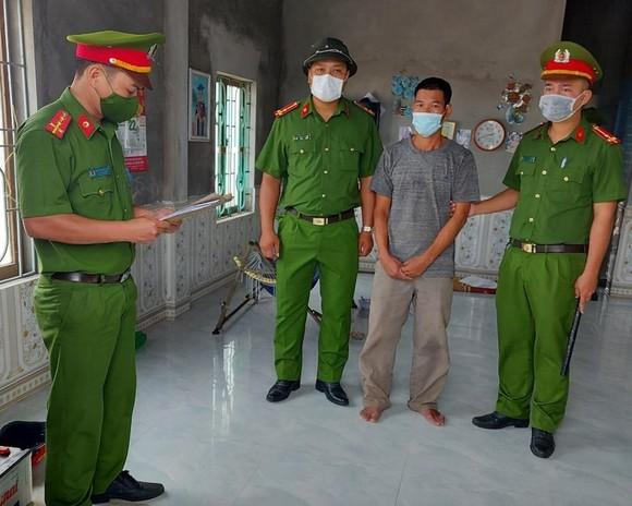 Cơ quan công an bắt đối tượng Nguyễn Quang Trung