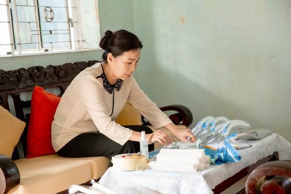 Dàn sao hàng đầu của Làn sóng xanh hát về tấm lòng tử tế của người dân Việt Nam ảnh 9