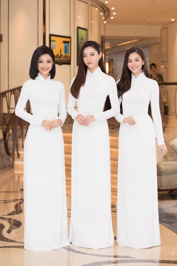 Dàn hoa hậu, á hậu khoe sắc áo dài trắng khởi động Hoa hậu Việt Nam 2020 ảnh 6