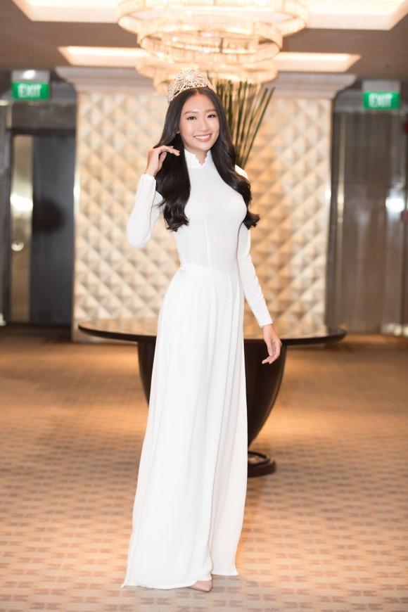 Dàn hoa hậu, á hậu khoe sắc áo dài trắng khởi động Hoa hậu Việt Nam 2020 ảnh 10