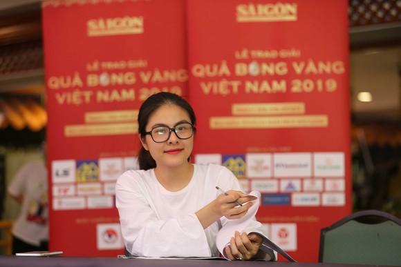 Rộn ràng trước giờ G Lễ trao giải Quả bóng vàng Việt Nam 2019 ảnh 3