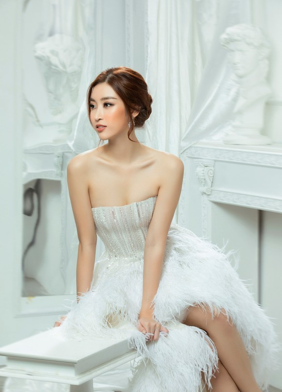 Hé lộ vai trò của Mỹ Linh, Tiểu Vy, Thùy Linh trong Hoa hậu Việt Nam 2020 ảnh 6