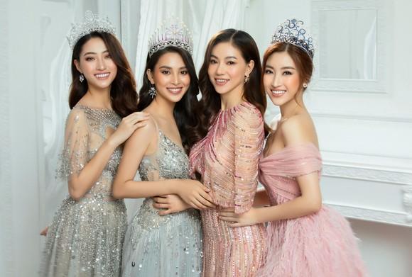Hé lộ vai trò của Mỹ Linh, Tiểu Vy, Thùy Linh trong Hoa hậu Việt Nam 2020 ảnh 2