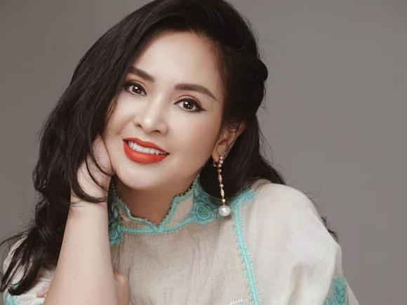 Gần 60 nghệ sĩ tham gia đêm nhạc trực tuyến gây quỹ ủng hộ Đà Nẵng ảnh 3