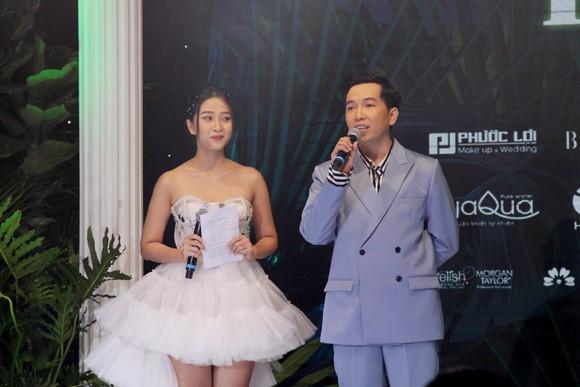 Thanh Hằng, Lan Khuê làm vedette show diễn IVAN 6  ảnh 3