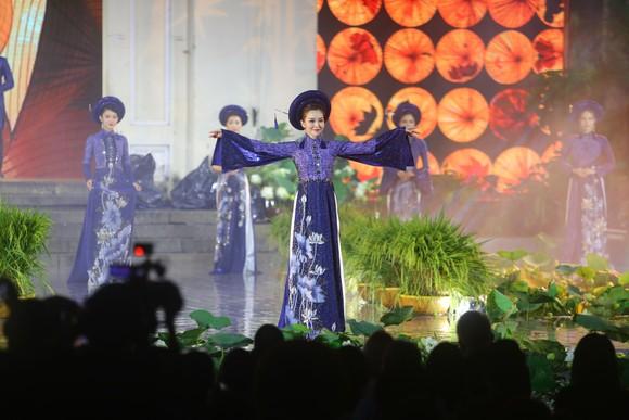 Khai mạc Lễ hội Áo dài TPHCM 2020 ảnh 9