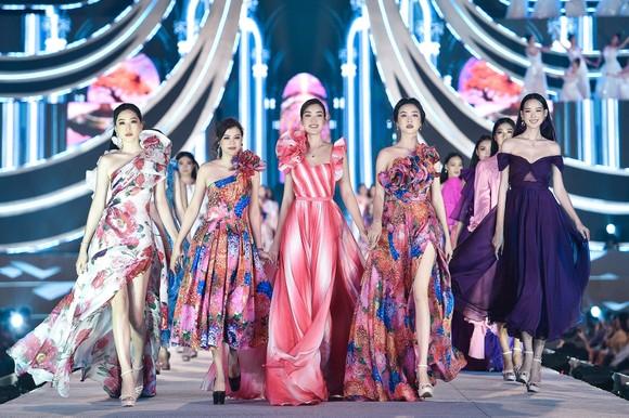 Công bố Top 5 Người đẹp Thời trang Hoa hậu Việt Nam 2020 ảnh 8