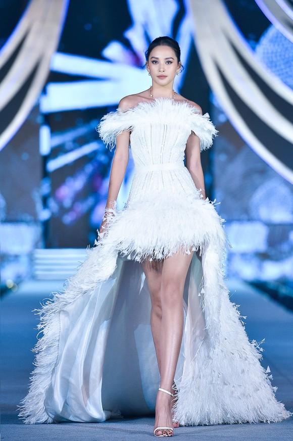 Công bố Top 5 Người đẹp Thời trang Hoa hậu Việt Nam 2020 ảnh 7